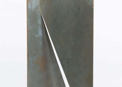 Amilcar de Castro, S/Título, aço, 21 x 13 x 0,3 cm, década de 1990